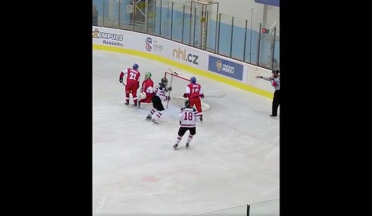 VIDEO: Quinton Byfield väsäsi huikean osuman Hlinka Gretzky Cupissa