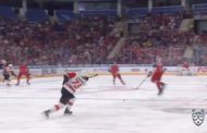VIDEO: KHL:n avausottelussa nähtiin surkuhupaisa maali omasta kenttäpäädystä