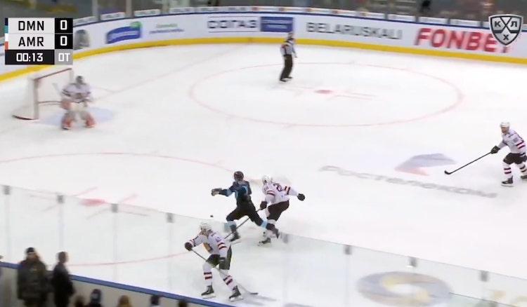 VIDEO: Teemu Pulkkisen upea esityö palkittiin KHL:n päivän suoritukseksi