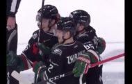 VIDEO: Maalivahti mokasi KHL:ssä nolosti - vastustaja maalasi omasta päädystä