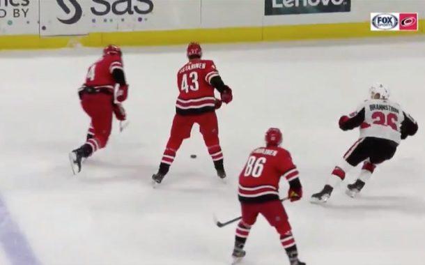 VIDEO: Eetu Luostarinen avasi pistetilinsä NHL-uran kolmannessa ottelussa!