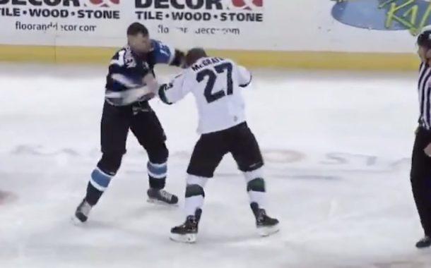 VIDEO: Farmisarja ECHL:ssä nähtiin suorastaan hävytön tappelu