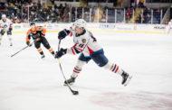 Aleksi Saarelan uskomaton ilta AHL:ssä - viime hetkien tasoitus ja perään voittomaali!
