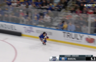 Video: Matt Barzal peittosi Connor McDavidin nopeuskisassa