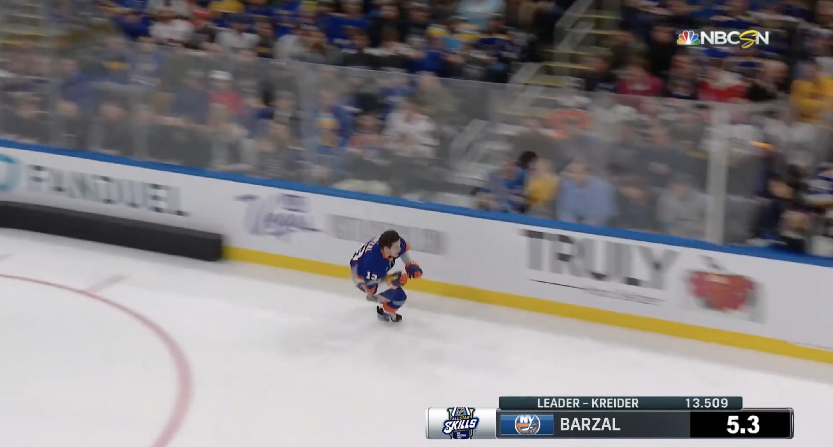 Video: Matt Barzal peittosi Connor McDavidin nopeuskisassa
