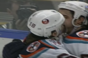 Klassikkovideo: Odottamaton tuuletus - Zigmund Palffy pussaa joukkuekaveriaan