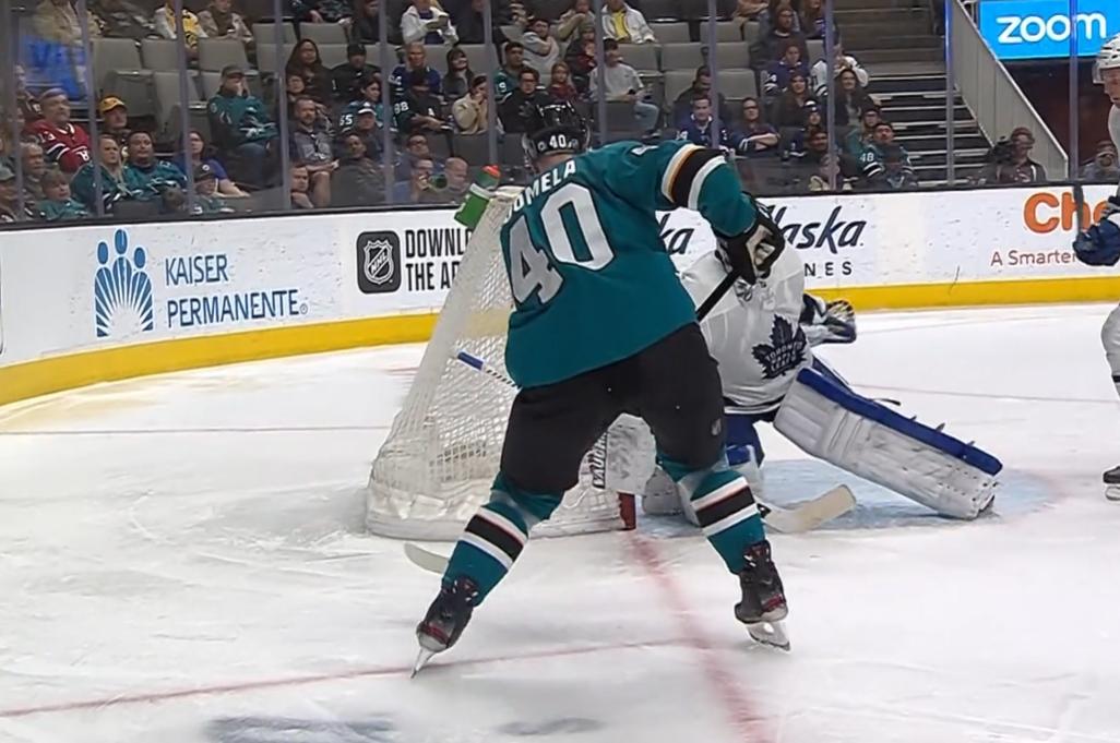 Antti Suomela iski kauden avausmaalinsa NHL:ssä nollakulmasta
