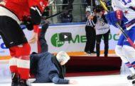 Klassikkovideo: Jose Mourinho heittää tyylipuhtaat pannut KHL-matsissa